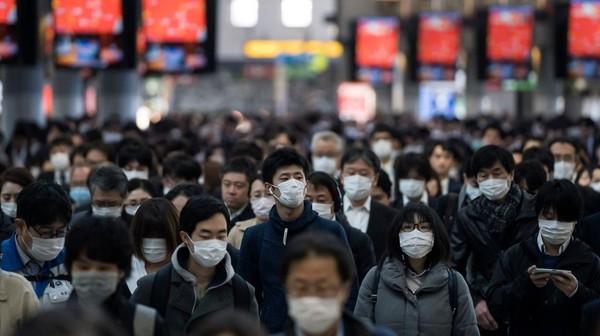 Saat ini proses vaksinasi di Jepang mulai meningkat. Lebih dari 6 persen dari populasi sudah divaksin. Tomohiro Ohsumi/Getty Images.