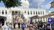 Masjid Al Azhar Jaksel Gelar Salat Jumat Kapasitas 25%, Begini Potretnya
