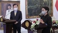 Menlu RI-Korea Selatan Kerja Sama Kembangkan Vaksin-Obat Corona