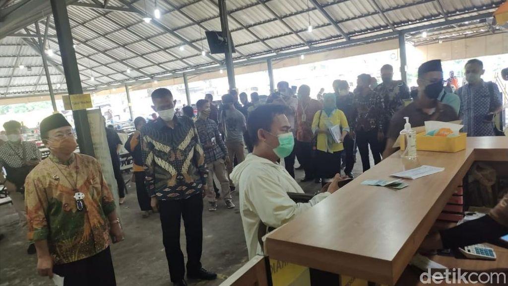 Demi Dongkrak Pajak, Puluhan Restoran di Cianjur Dipasangi Tapping Box