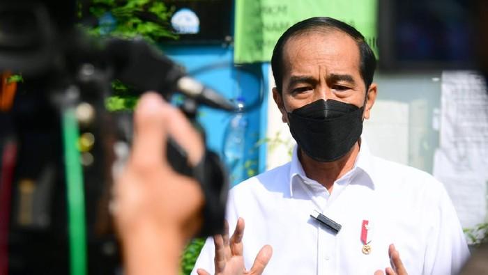 Presiden Jokowi Tinjau PPKM Mikro di Jakpus