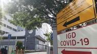Beberapa RS Rujukan Surabaya Overload, Belasan Pasien COVID-19 Antre di IGD