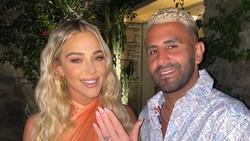 Pesona Model Seksi yang Dilamar Riyad Mahrez dengan Cincin Berlian Rp 8 M