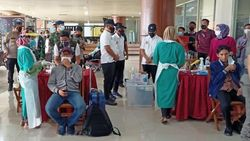 Warga dari Jawa Wajib Tes Antigen Corona Ulang Saat Tiba di Riau