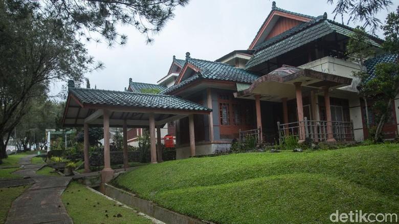 Vila wisata kawin kontrak di Cipanas, Cianjur