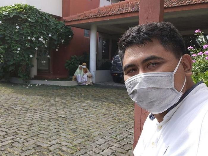 Wagub Jateng, Taj Yasin Maimoen atau Gus Yasin, menjalani isolasi mandiri karena terpapar virus Corona atau COVID-19, Jumat (25/6/2021).