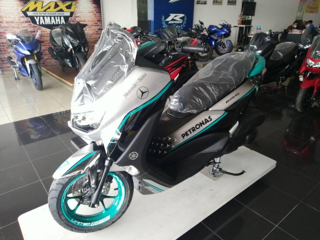 Yamaha Nmax dengan modifikasi livery ala dealer Yamaha Nganjuk