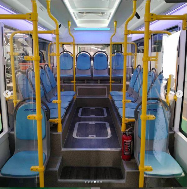 Adi Putro Jetbus Transit monocoque