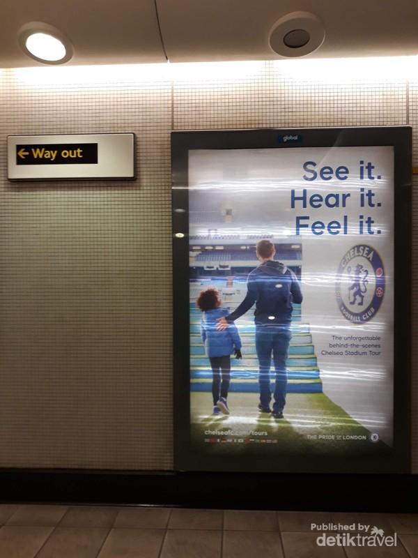 Promosi iklan Stamford Bridge di Fulham Broadway