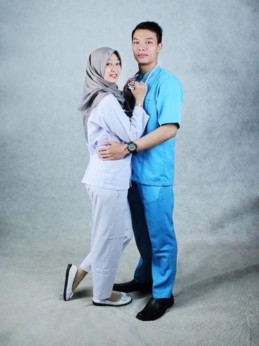 Foto Muhamad Syahroni dan Ismatul Maula Ulyah.