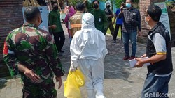 Pemkab dan Satgas Percepatan Pengendalian COVID-19 Kabupaten Klaten berikan toleransi ke masyarakat bisa menggelar hajatan Sabtu (26/6). Tapi wajib tes antigen