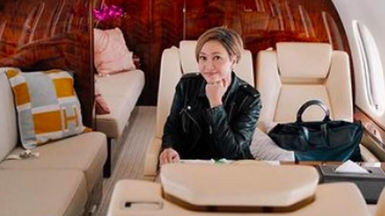 Maia Estianty di Jet Pribadi