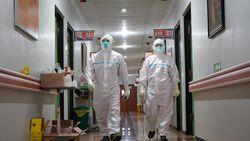 Nakes Dapat Bantuan 15.900 Paket Kesehatan, di Mana Saja?