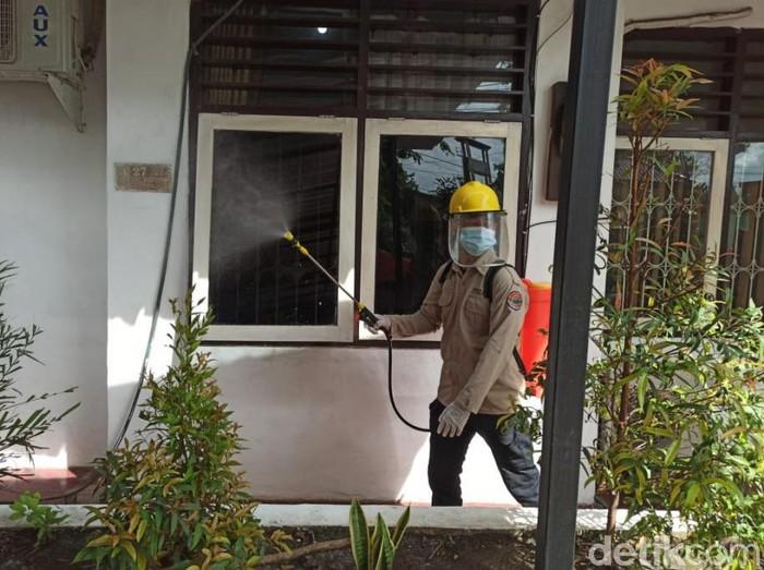 Klaster perkantoran di Kota Pasuruan membengkak. Total, satgas menemukan 34 kasus COVID-19 di sejumlah perkantoran.