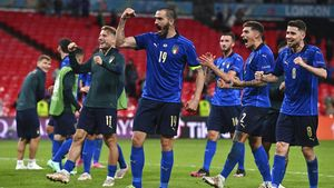 Timnas Italia The Azzuri Rayakan Kemenangan dengan Tradisi Makan Pizza Sepuasnya