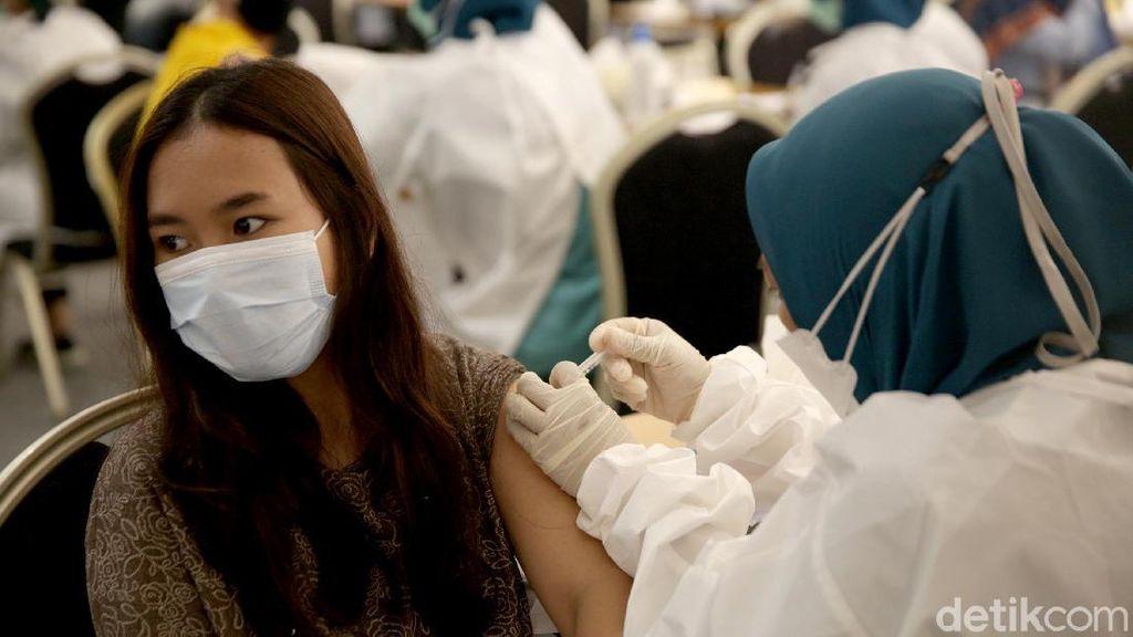 Gaskeun! Daftar Lokasi Vaksin COVID-19 yang Sudah Layani Anak 12-17 Tahun