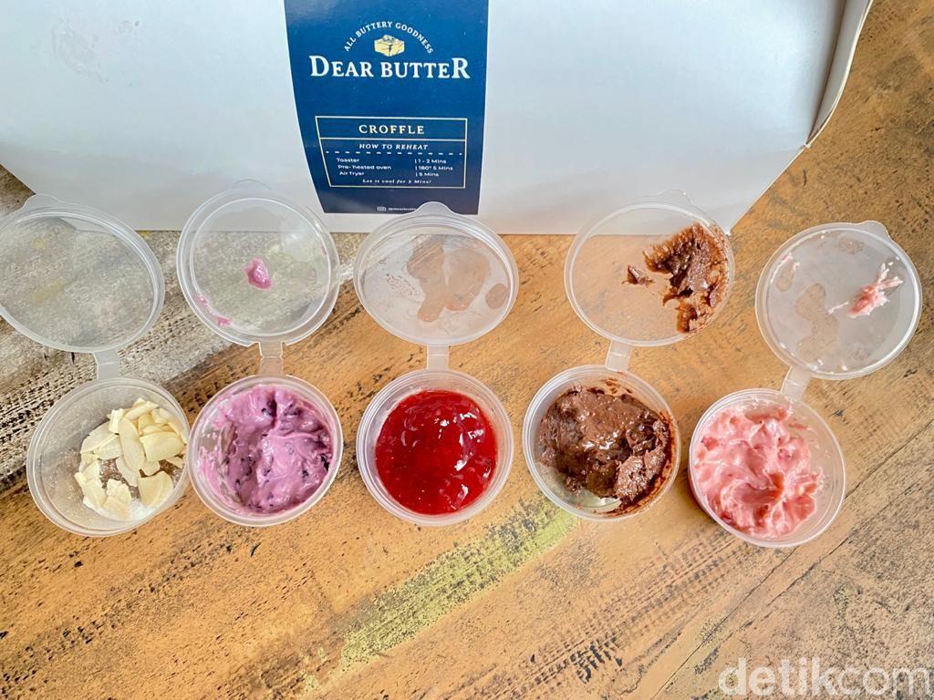 Dear Butter: Krenyes Gurih Croffle dengan 5 Pilihan Saus