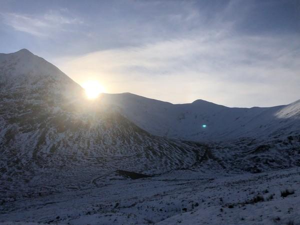 Selama empat musim dingin terakhir, salah satu pekerja Zac Poulton telah mendaki Helvellyn, puncak gunung tertinggi dan paling berbahaya ketiga di Inggris, lebih dari 200 kali.