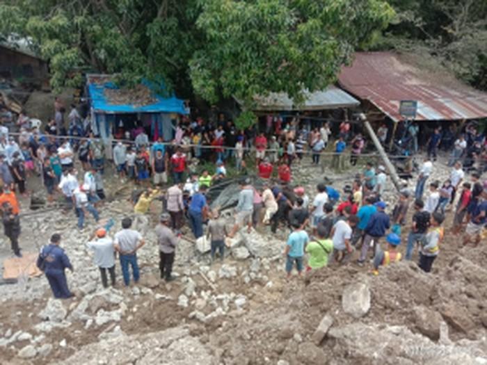 Tembok Penahan PPU Katolik di Simalungun Sumut Roboh (Foto: Istimewa)
