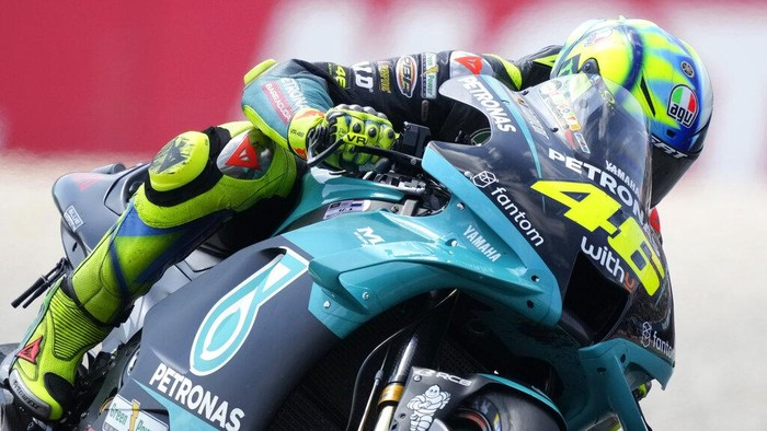 Yamaha rider Valentino Rossi of Italy competes during the MotoGP race at the Dutch Grand Prix in Assen, northern Netherlands, Sunday, June 27, 2021. (AP Photo/Peter Dejong)