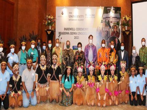Pemprov Papua Kirim 24 Pelajar Terbaik Kuliah ke Amerika Serikat