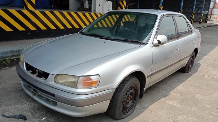Toyota Corolla AE-110 dilelang mulai Rp 2,5 jutaan