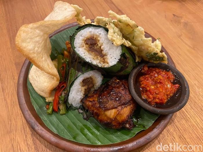 Dapoer Oemoem: Sedapnya Nasi Bakar Megono dan Tahu Campur Rumahan