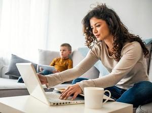 4 Cara Usir Bosan saat Kamu Harus di Rumah Saja