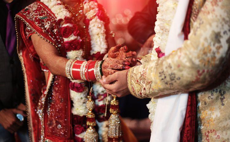 Tak Disajikan Kari Kambing, Pria Ini Batalkan Pernikahan dan Nikahi Wanita Lain