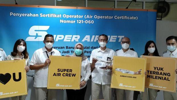 Super Air Jet sebagai maskapai penerbangan swasta baru yang mengusung konsep lebih kekinian