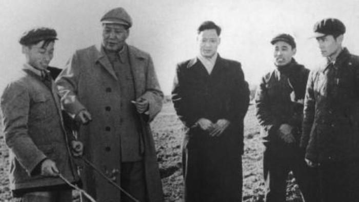 Partai Komunis China memperingati 100 tahun berdirinya parpol tersebut hari ini. Berdiri seabad, Partai Komunis China menjelma menjadi parpol penguasa di Negeri Tirai Bambu.