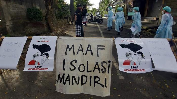 Presiden Joko Widodo resmi memberlakukan PPKM darurat pada 3-20 Juli 2021 di Jawa dan Bali memuat sejumlah ketentuan ketat. Apa saja?