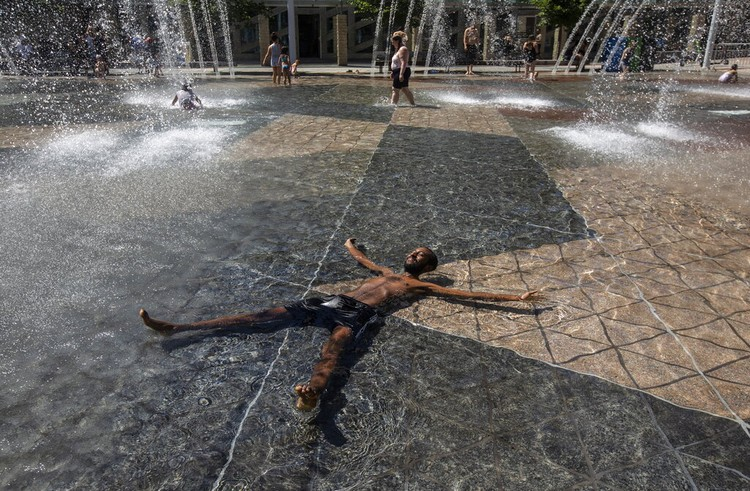 Gelombang panas Amerika Kanada