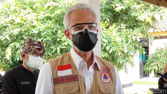 Gubernur Jateng Ganjar Pranowo saat berada di RSUD dr Tjitrowardojo Purworejo, Kamis (1/7/2021).