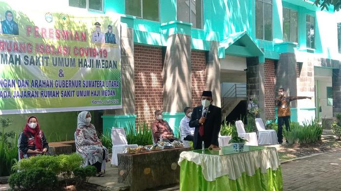 Gubsu Edy Rahmayadi di RS Haji Medan