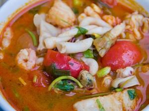 Resep Tomyam Seafood yang Pedas Segar untuk Hangatkan Badan