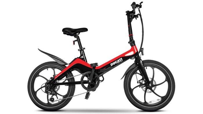 Sepeda Lipat Ducati