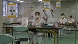Jepang bersiap memberikan bantuan 2 juta dosis vaksin kepada Indonesia. Diperkirakan vaksin tersebut akan tiba di bulan Jul inii.
