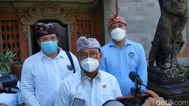 Wakil Ketua Bidang Budaya, Lingkungan dan Humas Badan Pengurus Daerah Perhimpunan Hotel dan Restoran Indonesia (BPD PHRI) Bali I Gusti Ngurah Rai Suryawijaya