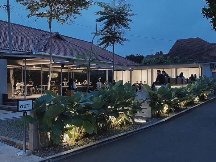 5 Coffee Shop di Jakarta Selatan Ini Menawarkan Area Outdoor Asri