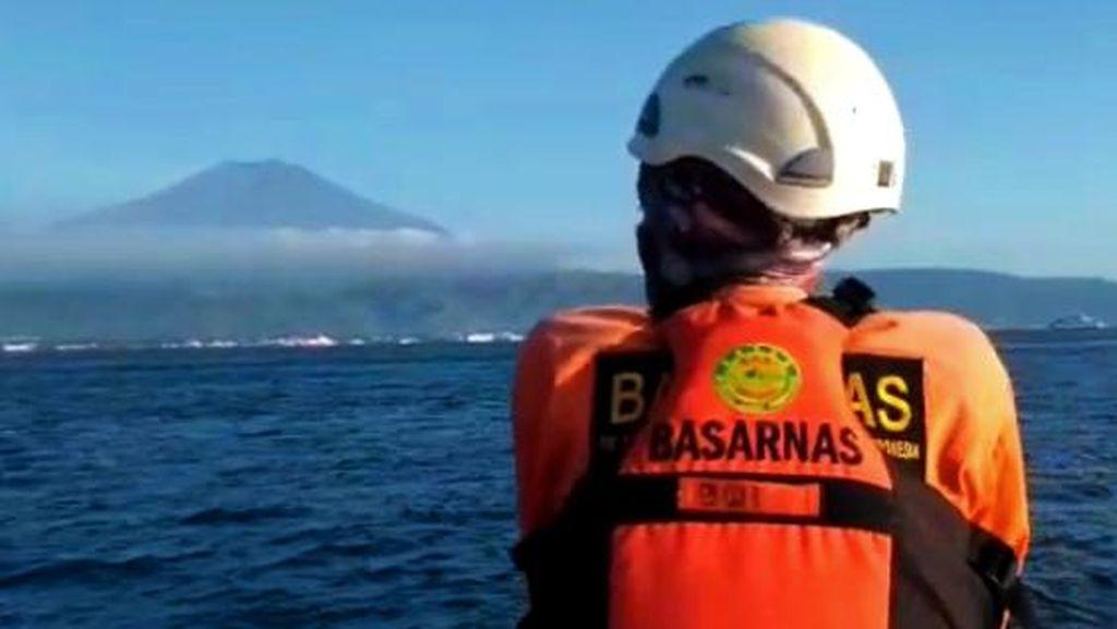 Basarnas Stop Pencarian Penumpang Kapal Feri yang Terjun di Selat Bali