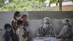 Program vaksinasi COVID-19 untuk anak juga sudah mulai dijalankan di Indonesia. Vaksinasi COVID-19 tahap ketiga ini juga menyasar kelompok anak usia 12-17 tahun