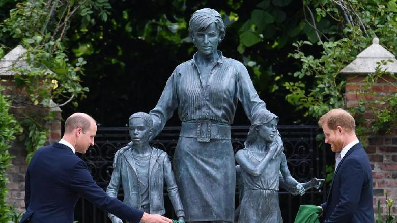Patung Putri DIana