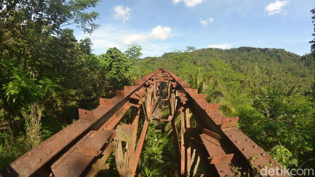 Menyelisik Sejarah Pembangunan Jalur Kereta Api Banjar-Cijulang