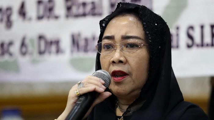 Putri Proklamator Soekarno, Rachmawati Soekarnoputri, meninggal dunia. Adik dari Megawati ini meninggal dunia di RSPAD Gatot Soebroto.