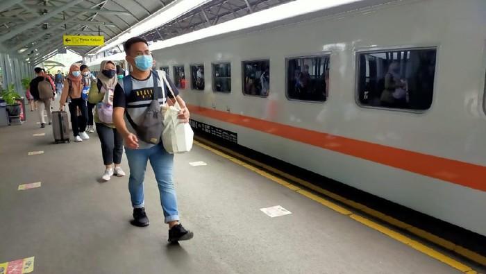 Stasiun Gubeng Daop 8 Surabaya