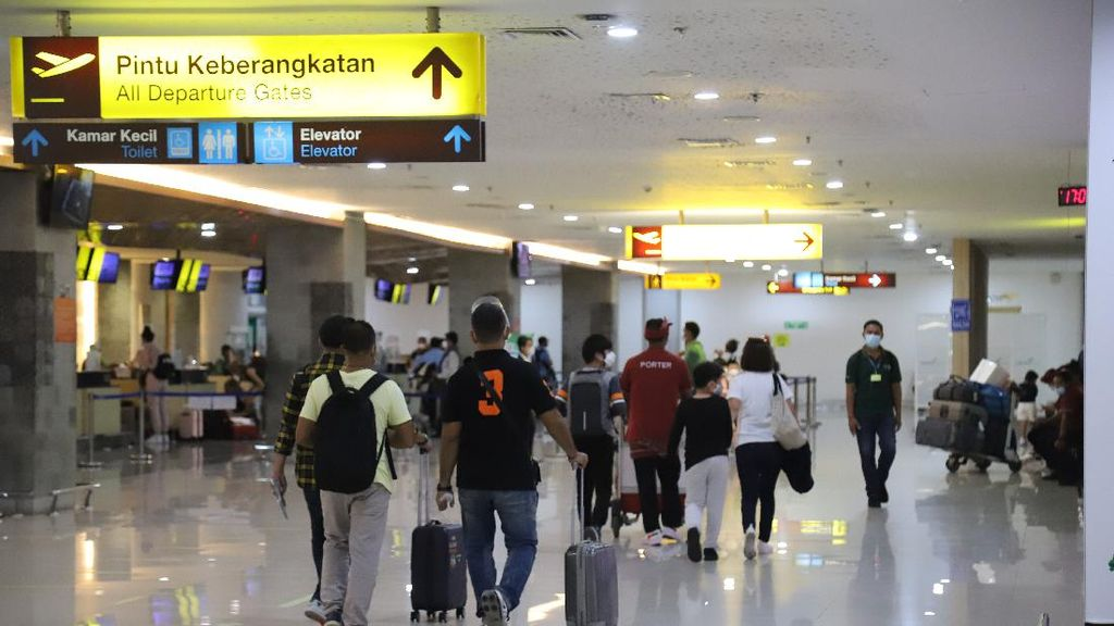 Hari Pertama PPKM Darurat, Bandara Ngurah Rai Bali Batalkan 25 Penerbangan