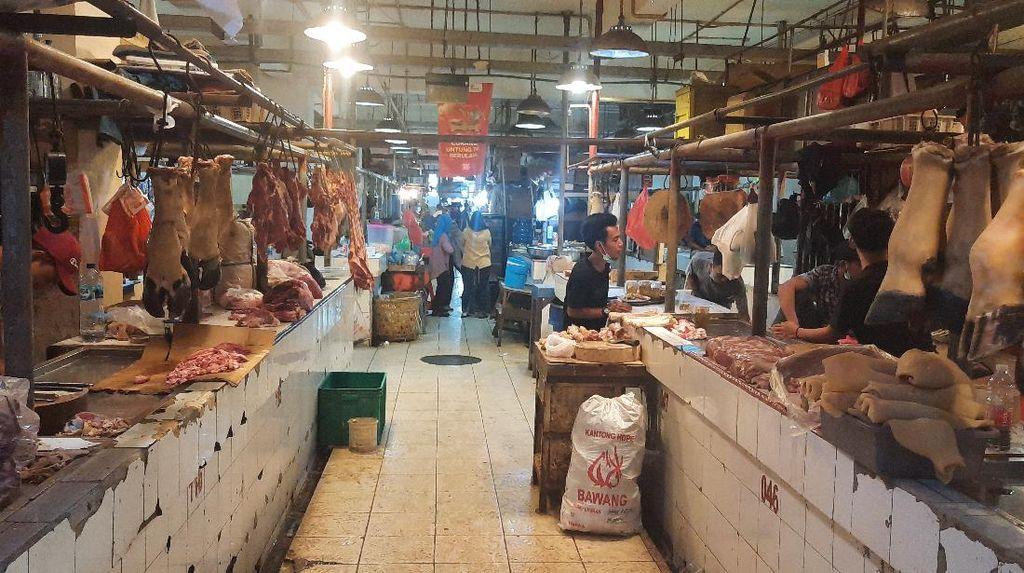 Blok Sembako di Pasar Senen Buka Saat PPKM Darurat, Kios Lain Tutup