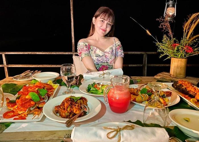 4 Tips Diet Via Vallen yang Kini Terlihat Lebih Tirus