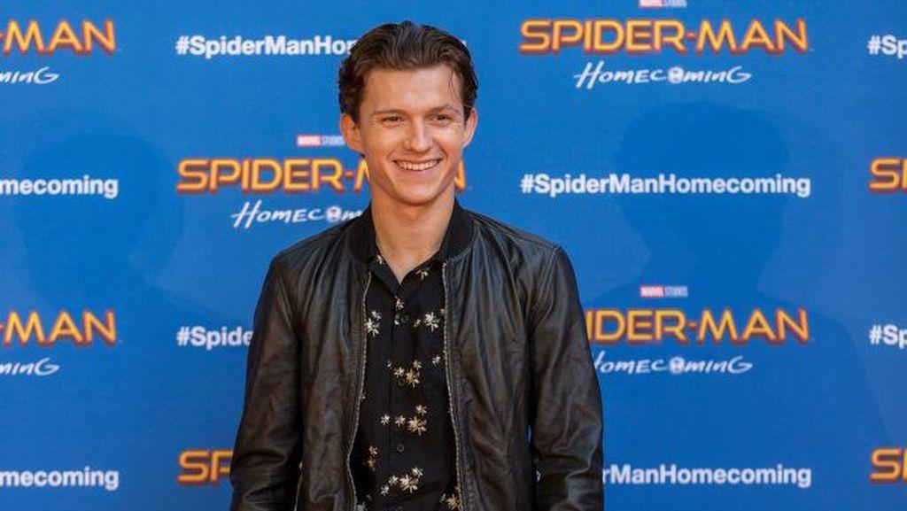Tom Holland Beri Isyarat Pensiun Jadi Spider-Man?